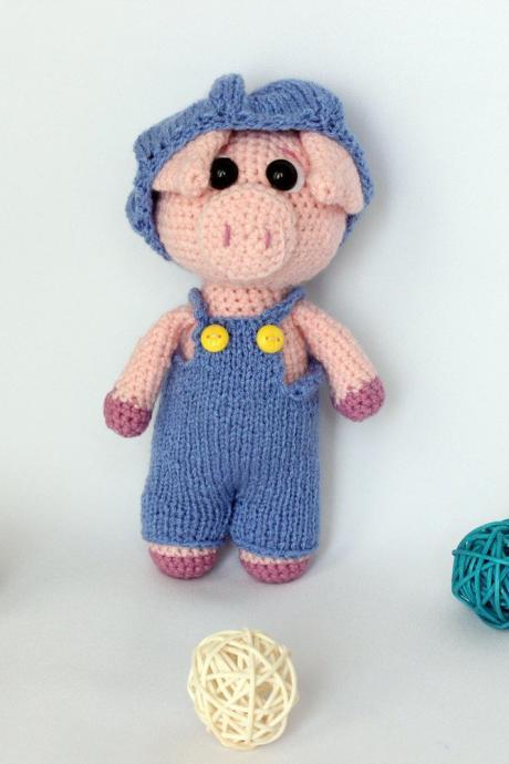 Crochet amigurumi pink pig toy in pants, Pig doll, Cute pig, Stuffed pig toy, Knitted pig, Birthday gift mom, gift idea for mom